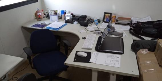 Mesa De Escritório Em L Com 2 Gavetas Usada Barata