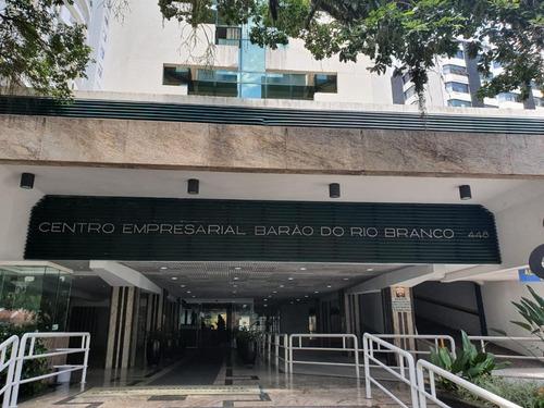 Imagem 1 de 13 de Sala Comercial Em Andar Alto No Centro Da Cidade - Sa0826
