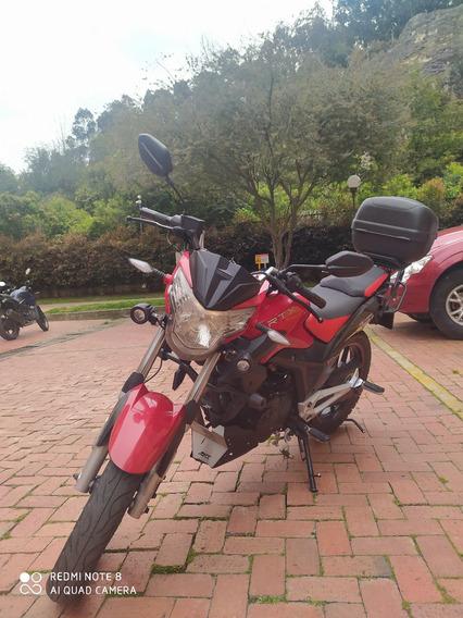 Vendo Moto Akt Rtx 150 Unishock