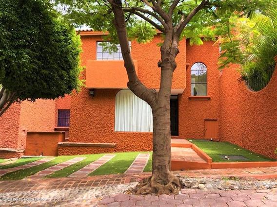 Casa En Renta En Centro Sur, Queretaro, Rah-mx-21-380