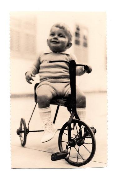 Fotografia Antiga Menino Com Triciclo - Anos 50