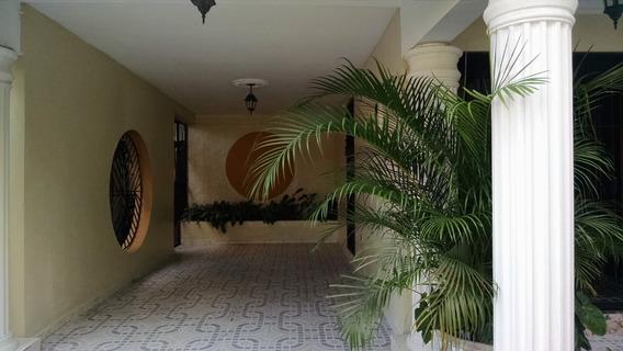 Espaciosa Casa En Villa Olga