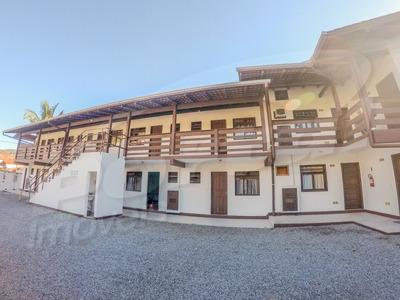 Prédio Residencial, No Bairro Da Velha Com 14 Kitnets Mobiliadas Com 1 Dormitório E Demais Dep. - 3577238