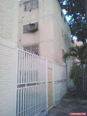 Mirador De Pozuelos. Apartamento En Venta, Pto La Cruz.