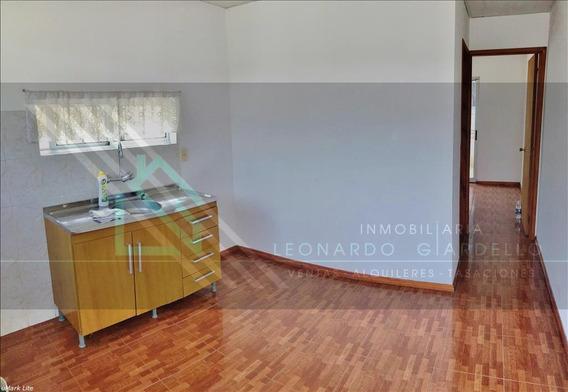 Colonia | Apartamento Impecable A 8 Cuadras Del Centro