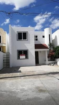 Hermosa Casa A Reestrenar En Fraccionamiento Vista Alegre Norte