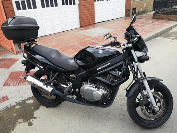 Suzuki Gs500 Modelo 2017, 20000 Kilometros Originales