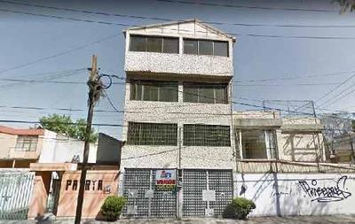 Edificio En Venta En Coyoacan, Colonia Avante, Edificio En Venta Con Tres Departamentos 600m2