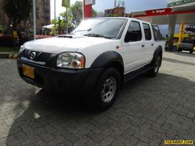 Nissan Frontier Np300 4*4 Td