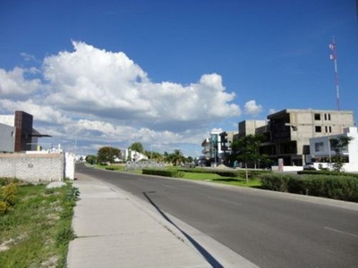 Se Vende Macrolote Condominal En El Refugio, Querétaro