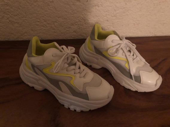 Zapatos Studio F (talla 3.5)