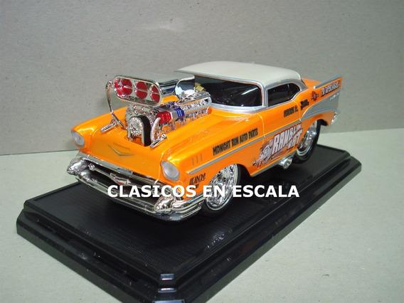 Chevrolet Bel Air 1957 Drag Rod- Maisto Muscle Machines 1/24