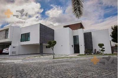 Casa En Venta En Lomas De Angelopolis 1 Cluster 222a