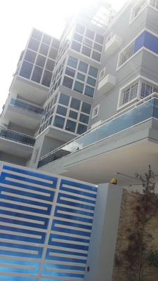 Lujoso Apartamento En Alma Rosa 1