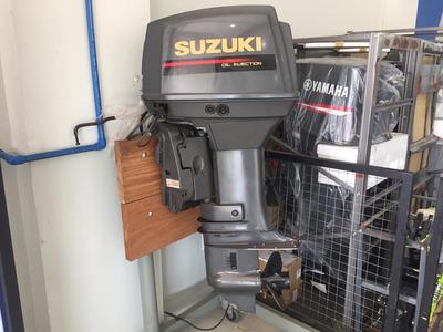 Motor Suzuki 55hp 2 Tempos
