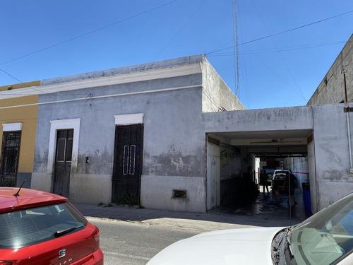 Casa Para Remodelar Colonial Y Terreno En Santiago!!!- Merida Centro