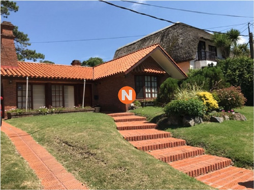 Casa En Venta Y Alquiler, San Rafael, Punta Del Este, 3 Dormitorios.- Ref: 206790