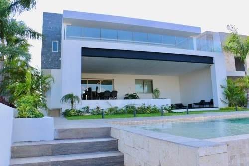 Hermosa Residencia En Puerto Cancun