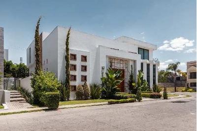 Casa En Venta En Rinconadas Del Bosque Zapopan