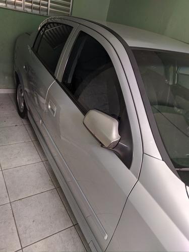 Chevrolet Astra Sedan 1.8 Milenium 4p 2001