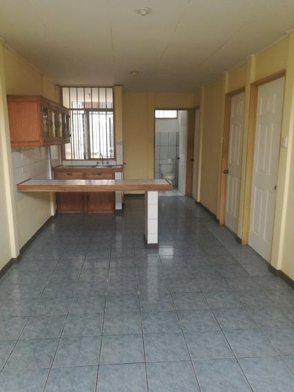 Se Alquila Casa En San Isidro De Heredia