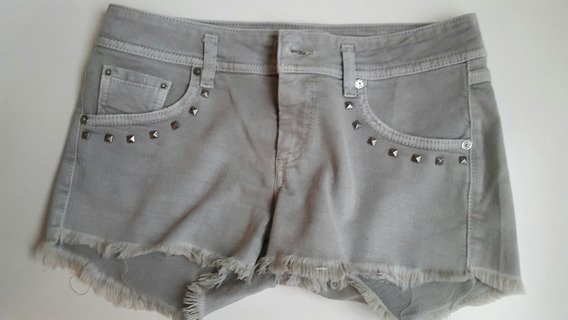 Short Gas Gris Con Tachas