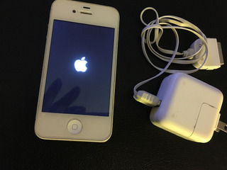 iPhone 4 Branco Usado