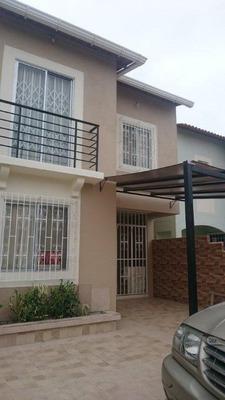 De Oport Unidad Se Vende Casa En La Urbanizacion