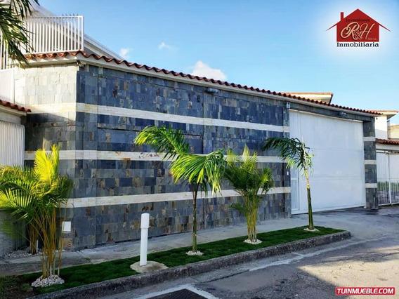 Casa En Venta En Villa Heroica Guatire