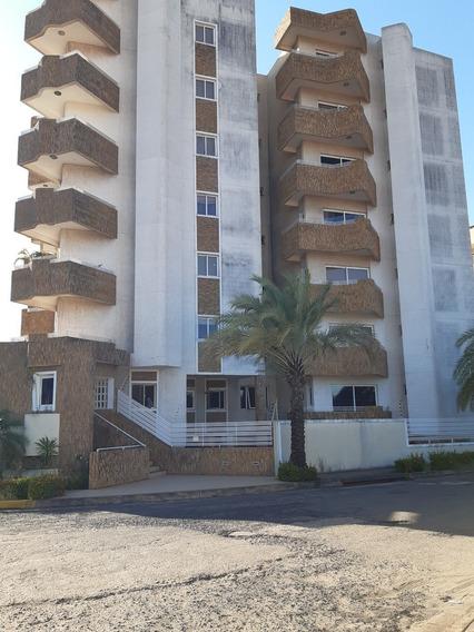 Alquiler De Apartamento En Villa Granada. Puerto Ordaz