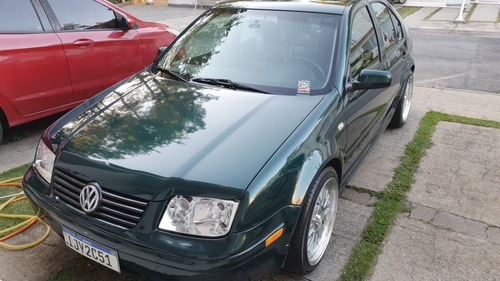 Volkswagen Bora 2001 2.0 Comfortline 4p