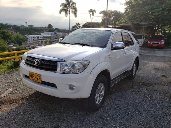 Toyota Fortuner At 4x2