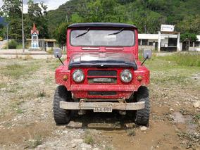 Nissan Patrol Campero Rojo 4x4