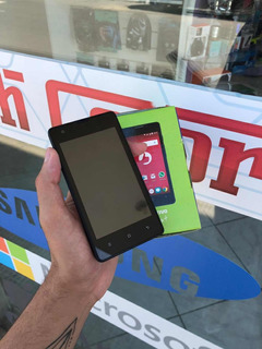 Smartphone Android Positivo First