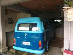 Volkswagen Kombi 1.6 Carat 3p Gasolina 2000