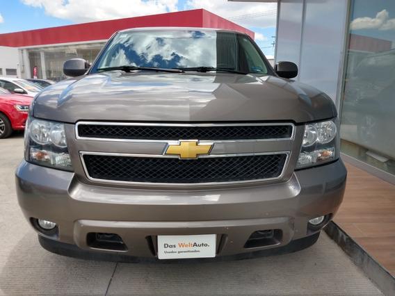 Chevrolet Suburban Piel 2013