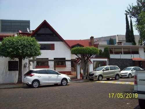 (c).- Excelente Casa Estilo Contemporáneo