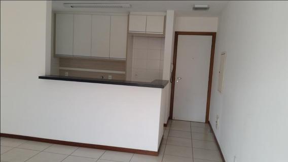 Apartamento Bem Localizado Próximo Da Getúlio Vargas - Ap0398