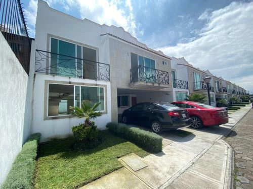 Imagen 1 de 19 de Casa En Condominio - Metepec