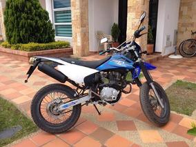 Vendo Moto Enduro Akt 235r $2´300.000