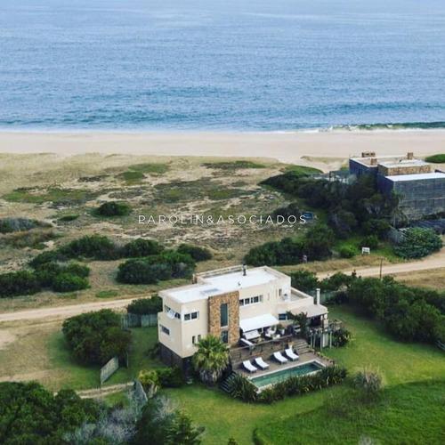 Hermosa Casa Con Vista Al Mar!!- Ref: 3111