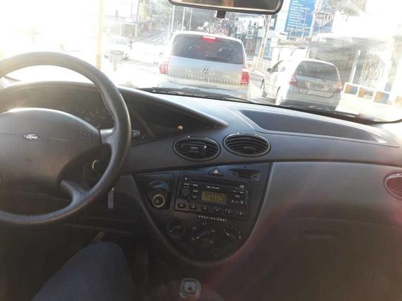 Ford Focus Sedan 2.0 16v Completo -preto