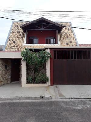 Casa Com 3 Dormitórios Para Alugar, 220 M² Por R$ 2.000 - Jardim Universo - Valinhos/sp - Ca0550