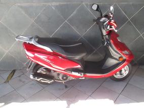 Suzuki Burgman 125 Vermelha 2015
