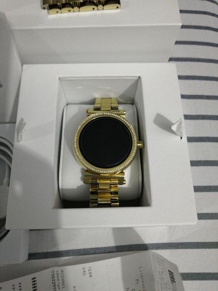 Reloj Michael Kors Smartwatch, Modelo-mkt5021, Color Dorado.