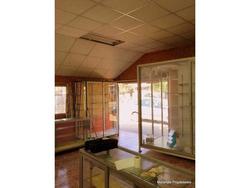 Local Comercial Con Casa Incluida / / / Luis Matte Larrain Con Mexico