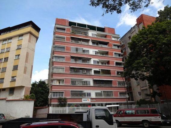 Apartamento En Venta En Clnas De Bello Monte 20-19867 Lv/z