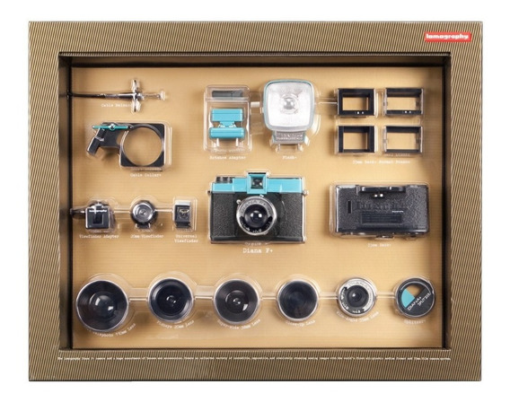 Camera Lomography Diana F+ Deluxe Kit