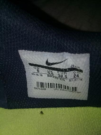 Botines Once Nike