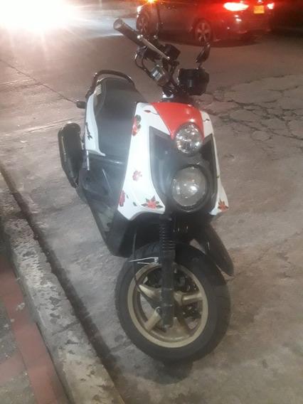 Moto Yamaha Bwis